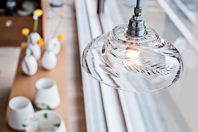 Cascade: Lampe aus recycelten Materialien